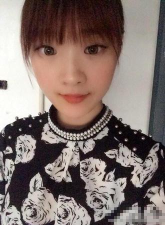 江苏19岁女大学生高秋曦生活照