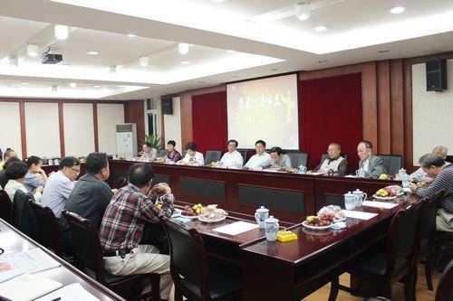 重庆市委召开2015年中秋茶话会