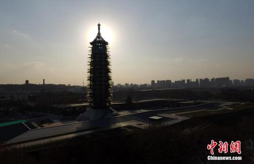 南京琉璃塔夜景