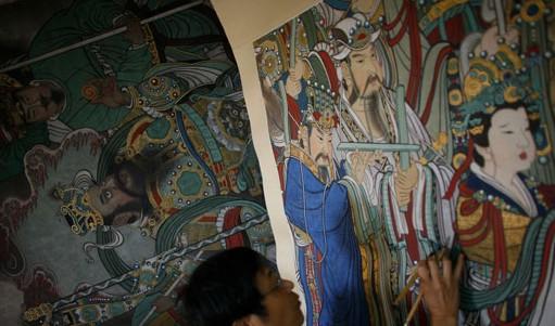 湖北画家17年面壁临摹出永乐宫壁画