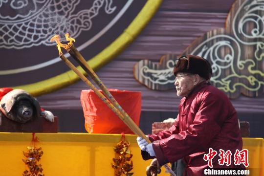 运河沿岸18市在台儿庄举办开河大典