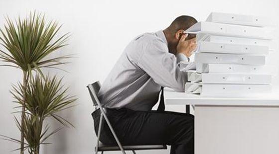 """拯救白领""""久坐腿""""办公室瘦腿白领的5个秘诀瘦脸针最低隔几个月打第二针图片"""