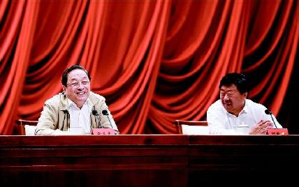 6月29日,中共中央政治局常委、全国政协主席俞正声在中央党校就加强人民政协工作、推进社会主义协商民主建设作专题报告。新华社记者 张铎 摄