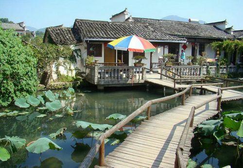 旅游产业扶贫展板
