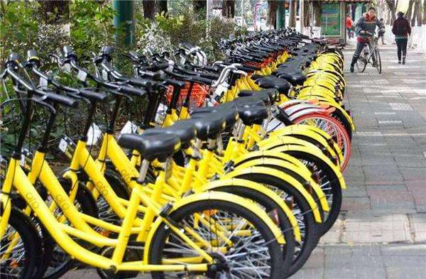 北京:共享单车专属车位亮相石景山