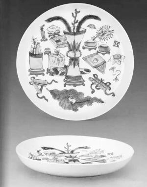 一品一鉴  博古纹是瓷器装饰中一种典型的纹样之一,但是博古纹在瓷器
