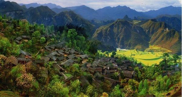 各地促乡村旅游业发展实现精准脱贫图片