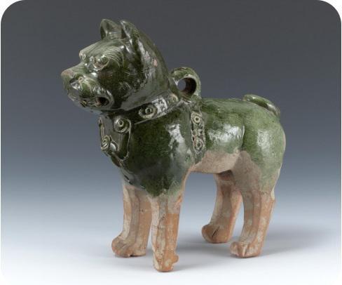 东汉绿釉陶狗 上海博物馆藏