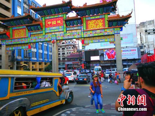 大年初一,马尼拉中国城刮起中华庙会风
