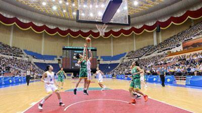 韩媒:金正恩4日通过电视观看韩朝统一篮球赛