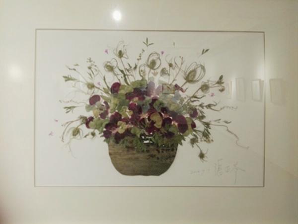 中国台湾艺术家张正苓压花作品展首次亮相昆明图片