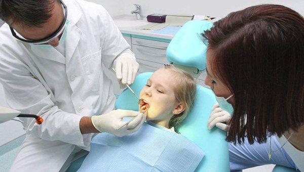 首页>寻医·问药>名家健坛名家健坛                 修理坏牙,预防口腔癌         更多 更多 更多