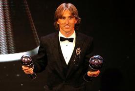打破梅西C罗10年垄断 莫德里奇当选世界足球先生