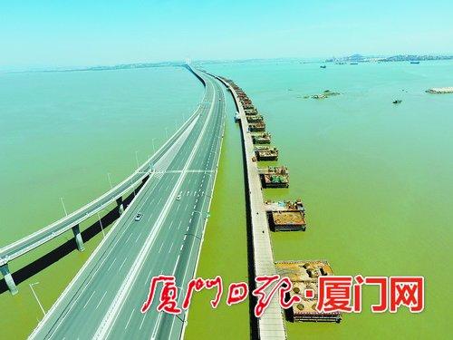 国内首座跨海高铁大桥主栈桥顺利贯通