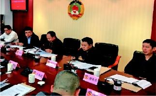 鯉城區政府、區政協聯席會議,互相通報政府和政協主要工作情況和下一步工作思路,協調解決相關事項。