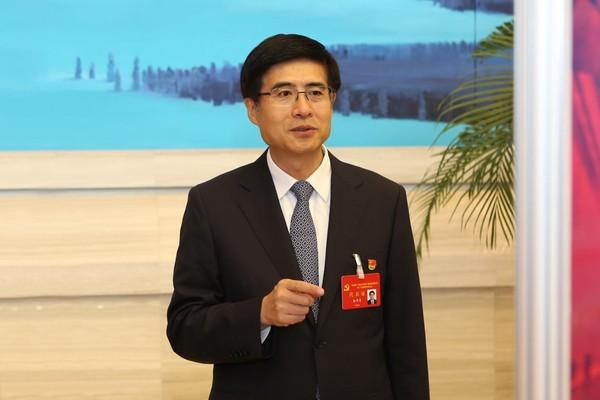 """""""五大思维""""推进黑龙江制造业实"""