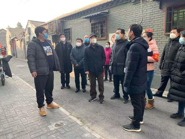 宋铁健主席带队深入街道社区督导,全面落实疫情防控工作