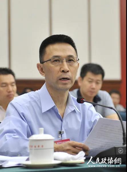 全国政协委员罗永章:既要严惩腐败也要坚决对诬告亮剑