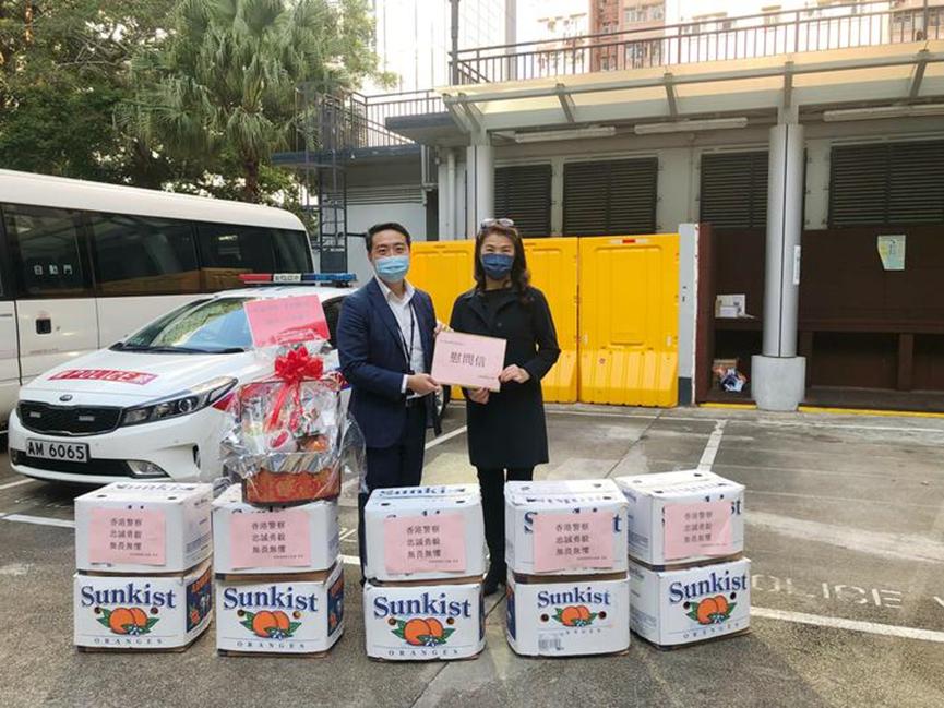 香港福建妇女协会新春节前慰问警察