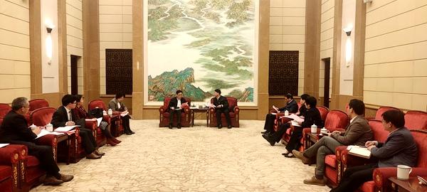 农工党中央常务副主席何维在江西调研