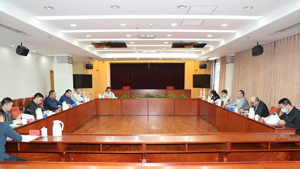 民进中央常务副主席会见太阳宫地区工委书记一行
