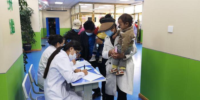 健康边疆行儿童先心病义诊筛查活动再次在青海玉树州启动3