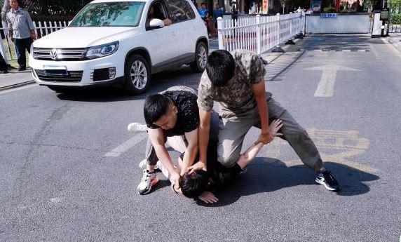 """安徽明光警方成功捣毁一处涉案千万元的""""跑分""""团伙"""