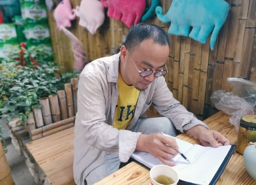 陈炯:为乡村振兴注入艺术活力