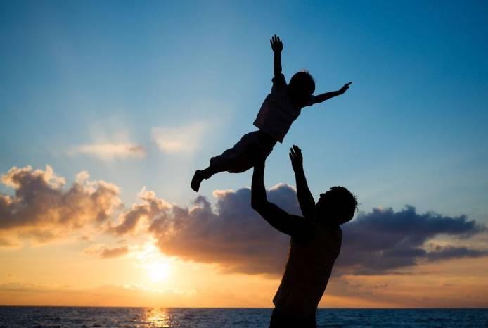 """家庭教育促进法出台 传统""""家事""""上升为重要""""国事"""""""